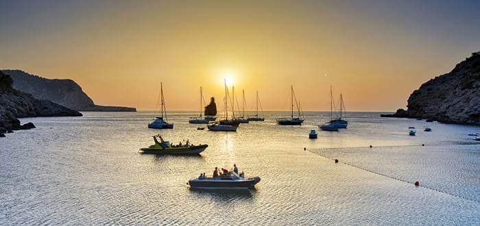 Qué ver en las Islas Baleares  Cala Benirras