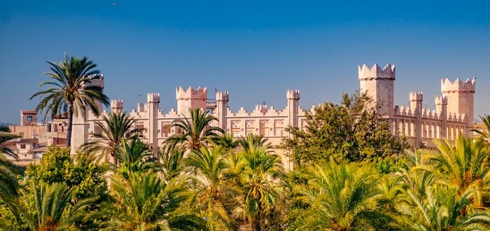 Qué ver en las Islas Baleares   Lonja de Palma de Mallorca