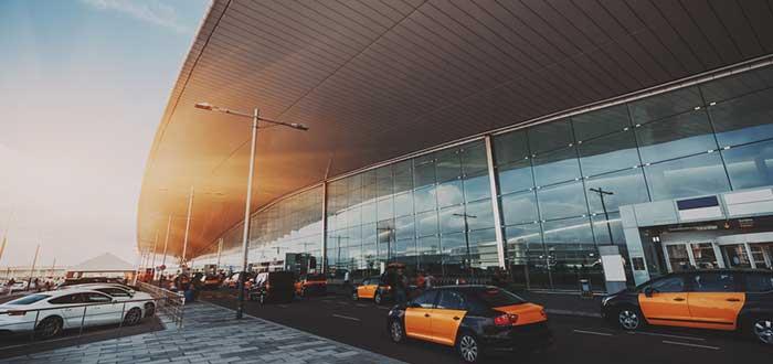 Cómo ir desde el aeropuerto de Barcelona al centro de la ciudad. 2