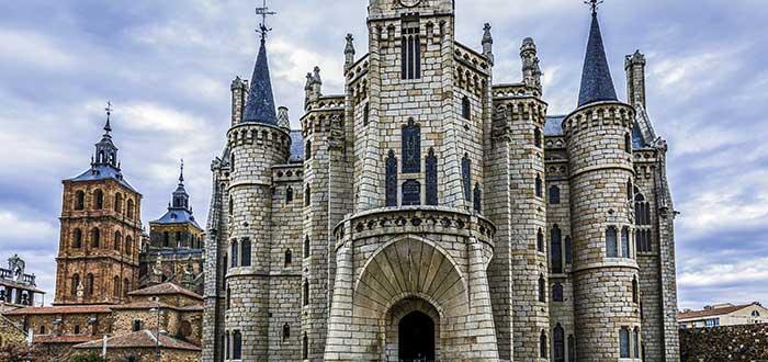 Qué ver en Astorga   Palacio Episcopal