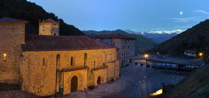 Qué ver en Potes | Monasterio de Santo Toribio de Liébana