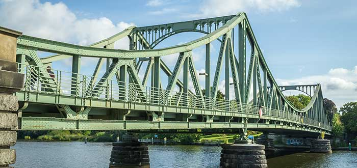 Qué ver en Potsdam | Puente Glienicke