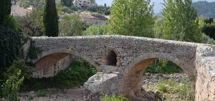 Qué ver en Pollensa: Puente romano