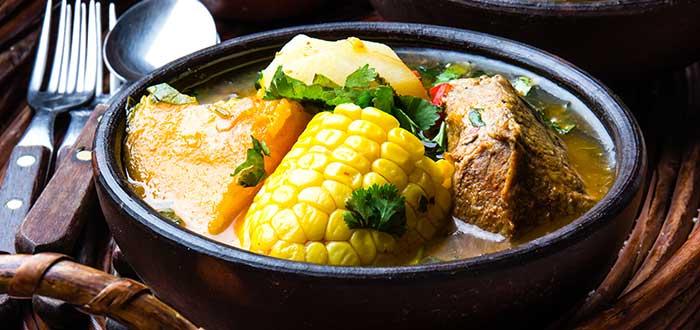 Comida típica de Guatemala | Caldo de Res