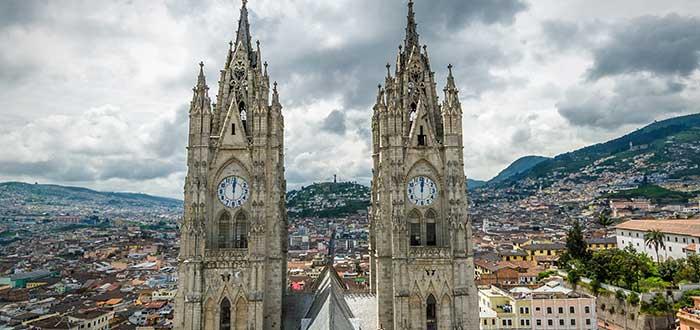 Qué ver en Ecuador   Basílica del Voto Nacional
