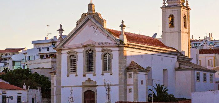 Qué ver en Albufeira: Iglesia Madre.
