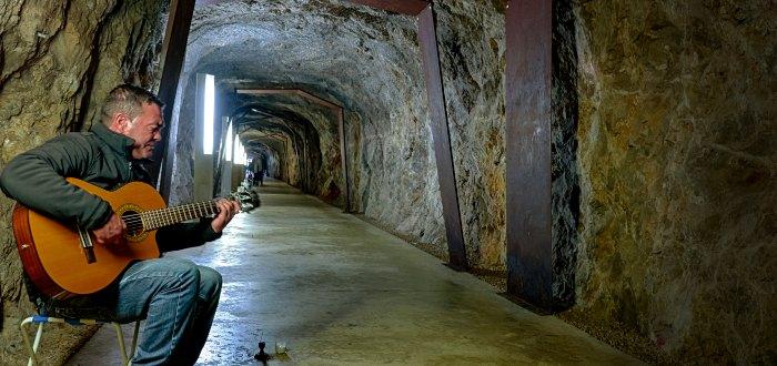 Qué ver en Denia: Túnel del Castillo.