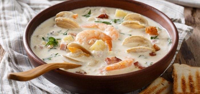 Comida típica de Irlanda, seafood chowder