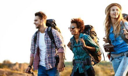 Cómo conservar los amigos que haces durante los viajes