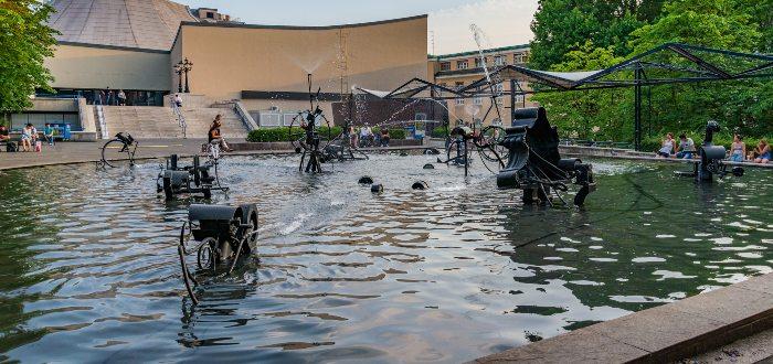Qué ver en Basilea Carnival Fountain