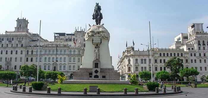 Qué ver en Lima | Plaza San Martín