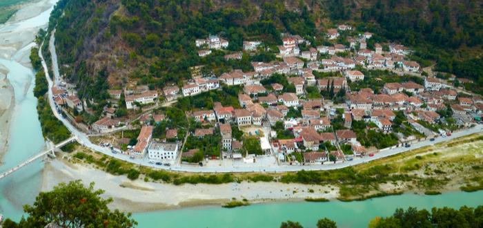 10 Ciudades de Albania. Distrito de Berat