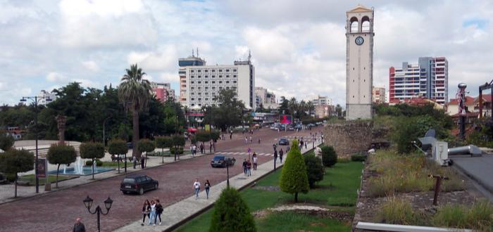 10 Ciudades de Albania. Distrito de Elbasan