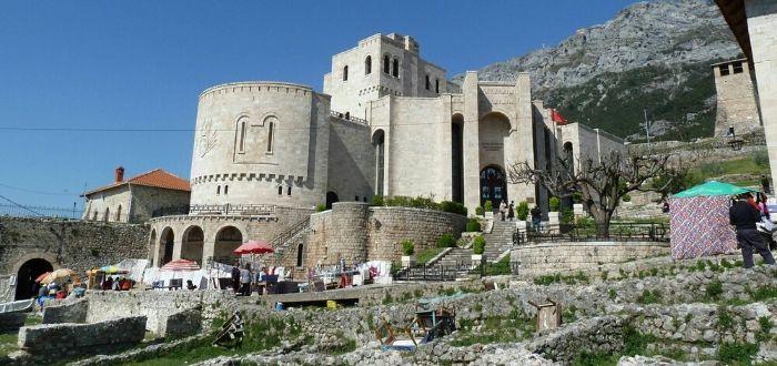 10 Ciudades de Albania. Distrito de Krujë