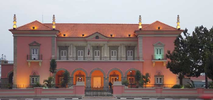 Ciudades de Angola: Huambo