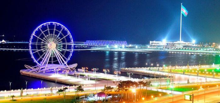 Qué ver en Azerbaiyán. Baku Boulevard