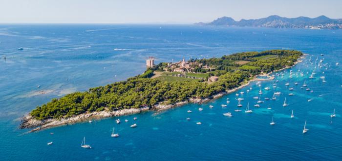 Qué ver en Cannes. Isla Saint-Honorat