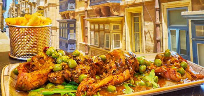 comida típica de Malta | Stuffa tal fenek
