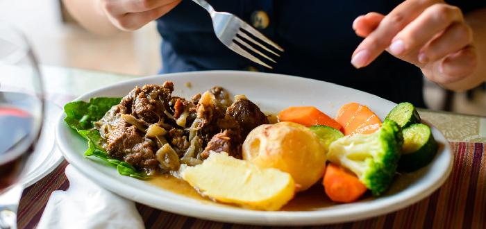 Comida típica de Chipre   Kleftiko
