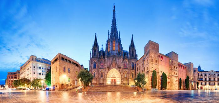 Por qué alquilar un piso en tus vacaciones en Barcelona..