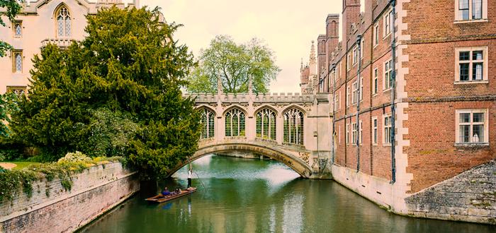Qué ver en Cambridge. Puente de los Suspiros