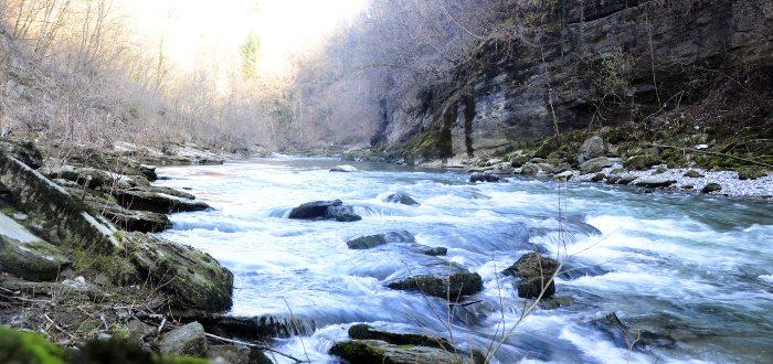 Río Fier