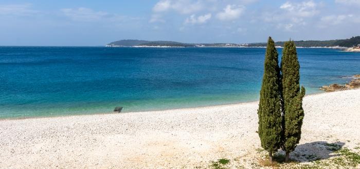 Ambrela Beach