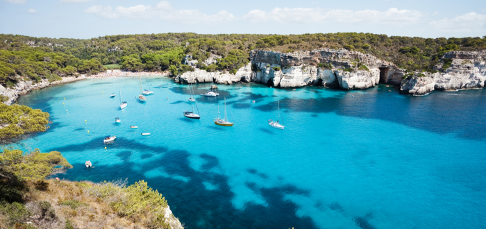 Las mejores playas de España para visitar. Macarella y Macarelleta, en las Islas Baleares