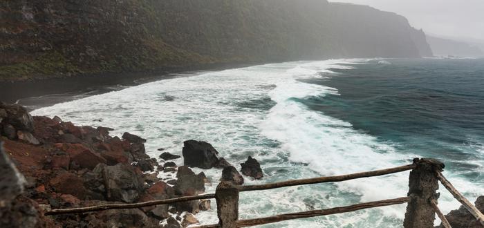 Las mejores playas de España para visitar. Playa de Nogales, en las Islas Canarias.