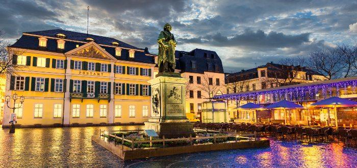 Qué ver en Bonn, Beethoven Monument