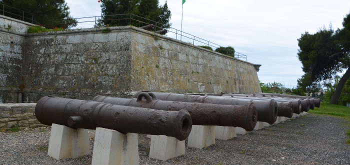 Qué ver en Pula, Fortress Kaštel