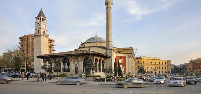 Qué ver en Tirana, Torre del Reloj