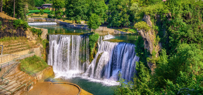 Qué ver en Bosnia. Cascada de Pliva