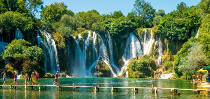 Qué ver en Bosnia. Kravice Waterfall