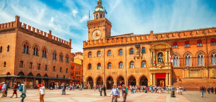 Las 10 plazas de Italia más bonitas. Piazza Maggiore (Bolonia)