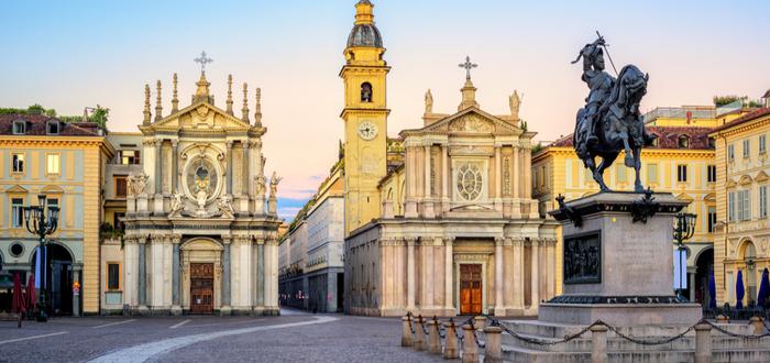Las 10 plazas de Italia más bonitas. Piazza San Carlo (Turín)