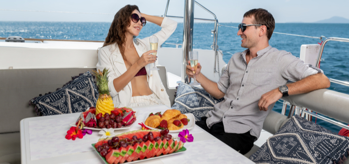 Por qué hacer un crucero en las islas griegas para singles. La embarcacion