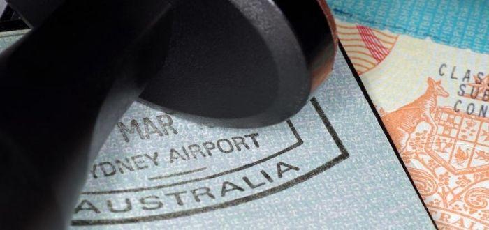 Sello en el pasaporte de migración Australia