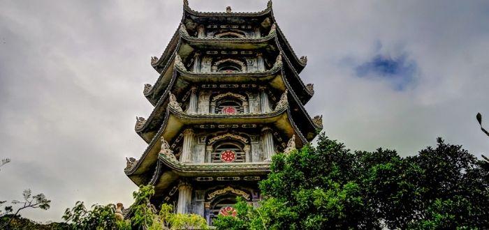 El templo de la Montaña de Jade