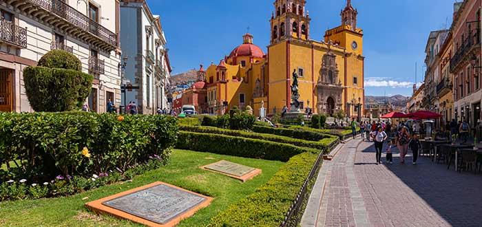 Plaza de la Paz y el centro histórico