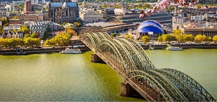 Puente de Hohenzollern   Qué ver en Colonia