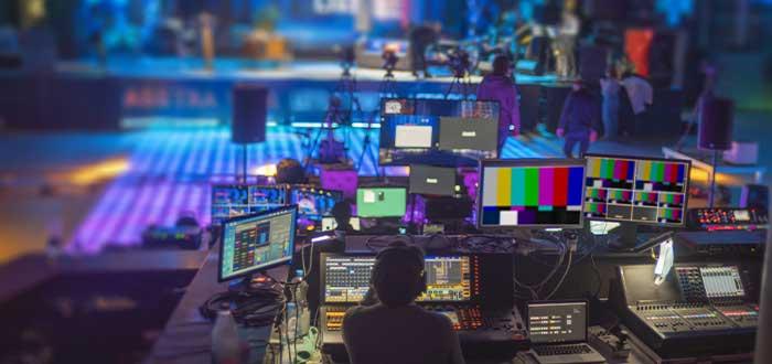 medios audivisuales en conferencia