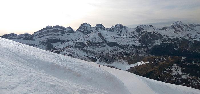 Las 5 mejores montañas para esquiar en España 5