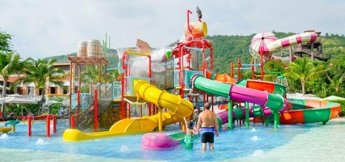 Parque acuático Slide & Splash