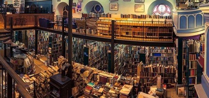 Leaky's Bookshop