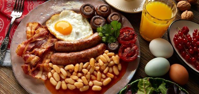 Full English Breakfast (desayuno inglés completo) | Comida típica de Inglaterra