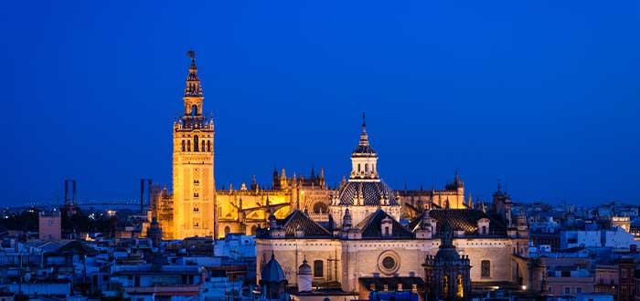 viaja sevilla espana