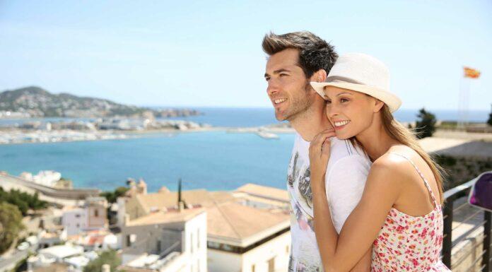 vacaciones en ibiza en pareja