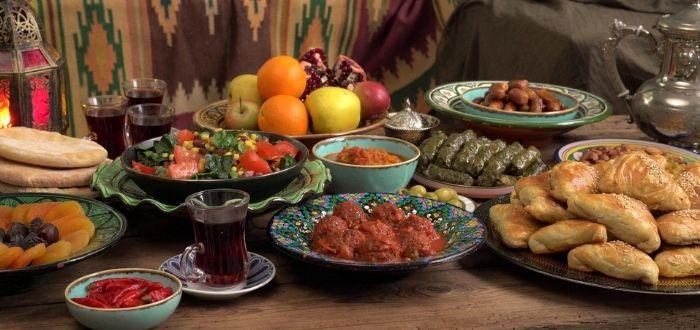 Cómo comer con las costumbres egipcias