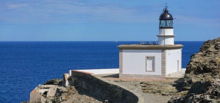 Faro de Cala Nans